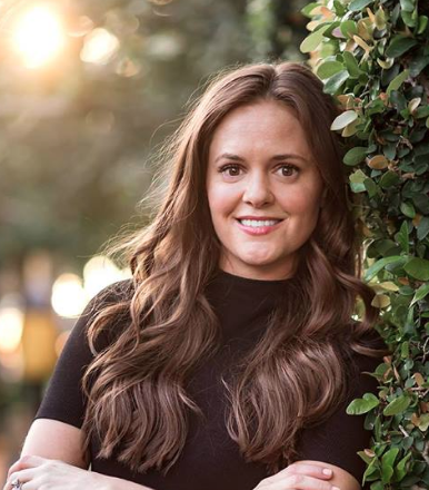 """Caitlin Randazzo: Letting Life Be Your Teacher, """"Geeking Out Hard"""" On Your Focus, & Creating Community"""